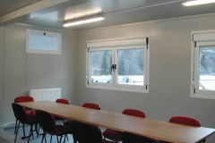 Sala riunione operativa, 10 posti.